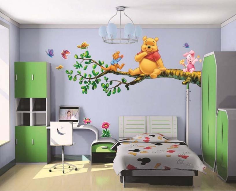 Samolepka Medvídek Pú na stromě