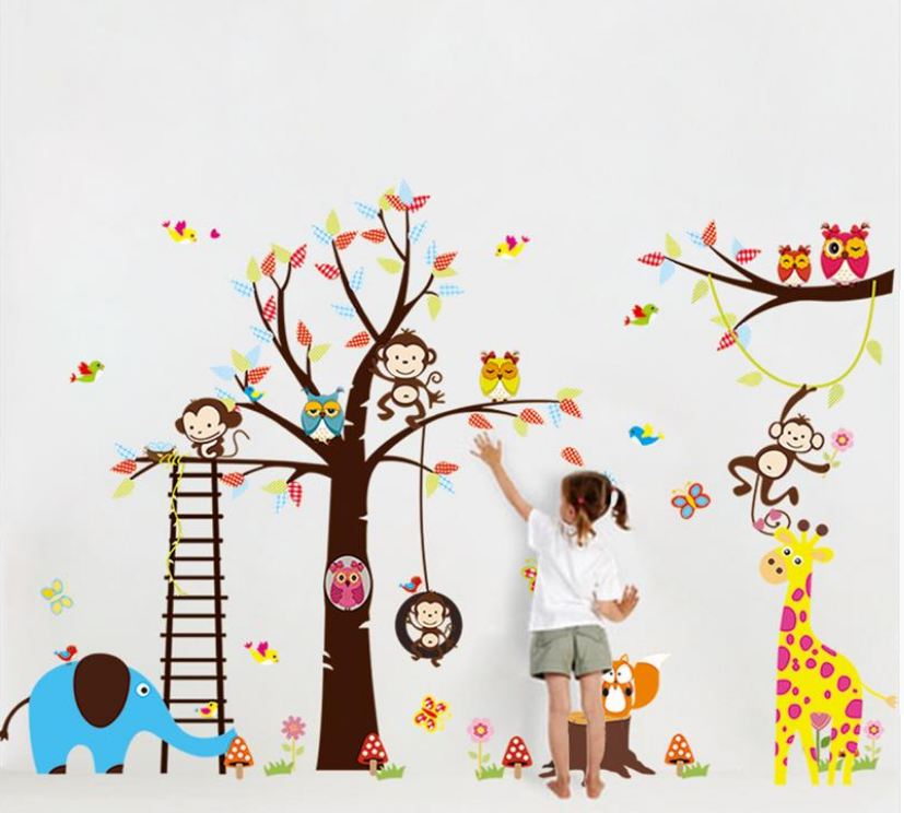 Samolepka Strom s houpačkou a zvířátky ze Zoo