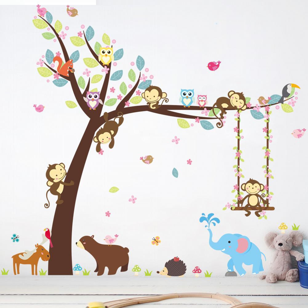Samolepka Strom s houpačkou a zvířátky